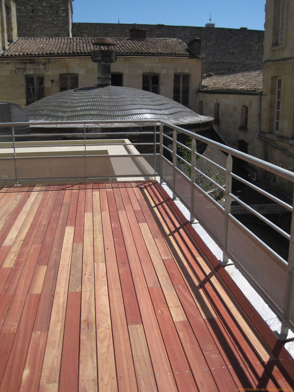 Pose de terrasse bois Bordeaux & Gironde